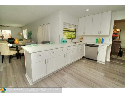 Cooper City Single Family Home Backup Contract-Call LA: 4813 SW 118th Ter