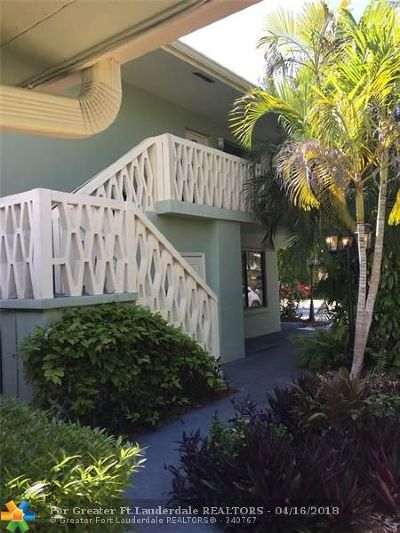 Pompano Beach Multi Family Home For Sale: 3201 SE 11th St
