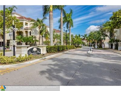 Coral Springs Condo/Townhouse For Sale: 5960 W Sample Rd #305