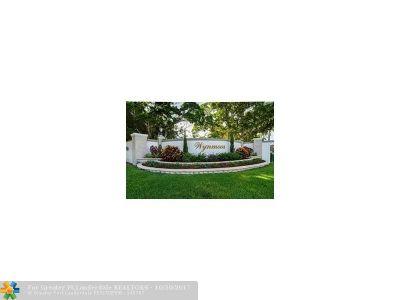 Coconut Creek Condo/Townhouse For Sale: 2804 Victoria Way #F4