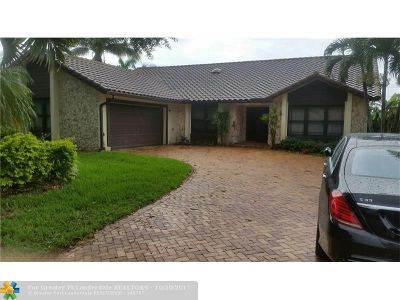Coral Springs Single Family Home For Sale: 10980 SW 1st Ct
