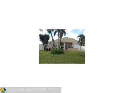 Boca Raton Single Family Home For Sale: 23386 Liberty Bell Ter