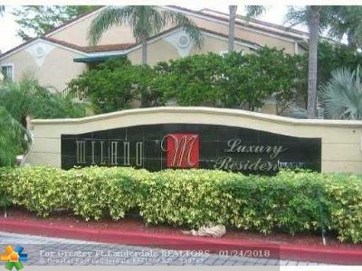West Palm Beach Condo/Townhouse For Sale: 1749 Village Blvd #103
