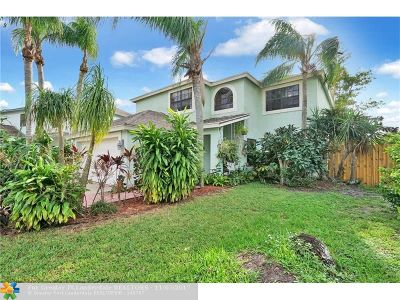 Boca Raton Single Family Home For Sale: 23131 Sunfield Dr