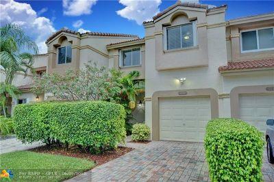 Boca Raton Condo/Townhouse For Sale: 6836 Via Regina #6836