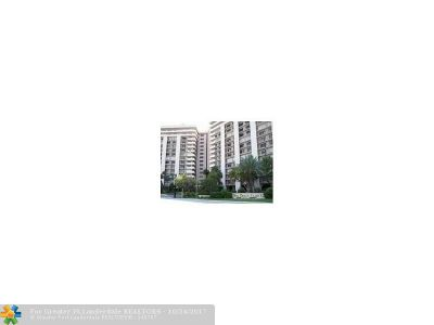 Lauderdale By The Sea Condo/Townhouse For Sale: 5000 N Ocean Blvd #1004