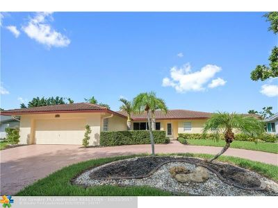 Tamarac Single Family Home For Sale: 4909 N Travelers Palm Lane