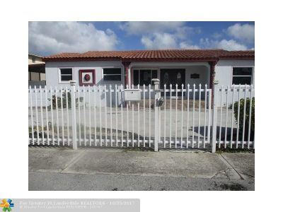 Hialeah Single Family Home For Sale: 345 E 42nd St