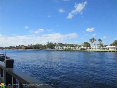 Lauderdale By The Sea Single Family Home For Sale: 1725 Blue Water Terrace N