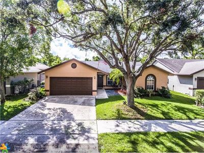 Coconut Creek Single Family Home For Sale: 3770 NW 58th St
