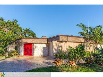Tamarac Single Family Home For Sale: 6203 Royal Poinciana Ln
