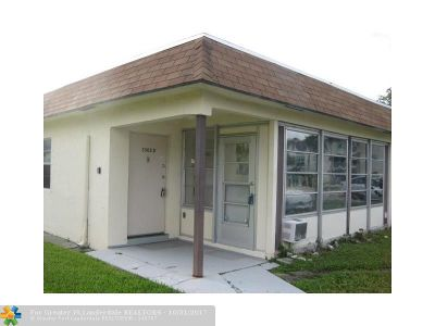 Deerfield Beach Single Family Home For Sale: 3502 SW Natura Blvd