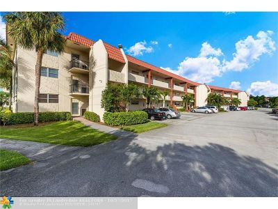 Pembroke Pines Condo/Townhouse For Sale: 681 S Hollybrook Dr #304