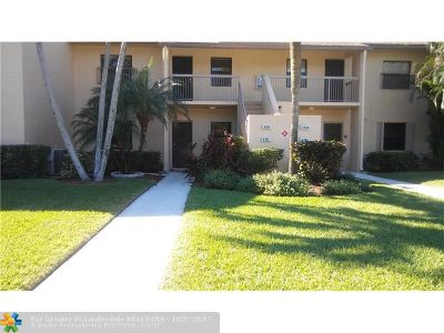 Coconut Creek Condo/Townhouse For Sale: 4361 Carambola Cir S #2647
