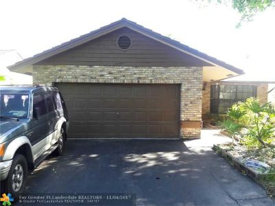 Coral Springs Single Family Home For Sale: 2477 92 Avenue