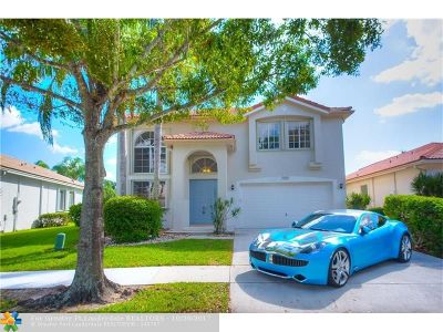 Coconut Creek Single Family Home For Sale: 5326 Flamingo Ct