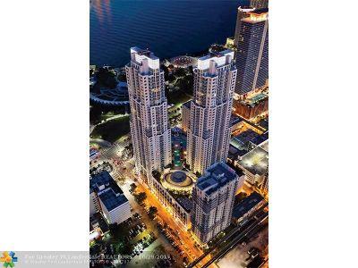 Miami Condo/Townhouse Backup Contract-Call LA: 244 Biscayne Blvd #2010