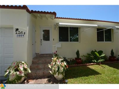 Hollywood Single Family Home For Sale: 1009 N 17th Ct