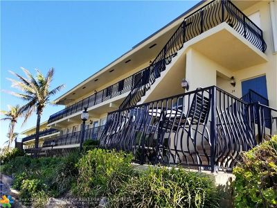 Hillsboro Beach Condo/Townhouse For Sale: 1039 Hillsboro Mile #17
