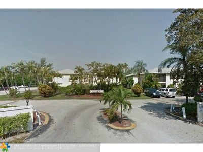 Delray Beach Condo/Townhouse For Sale: 2307 Linton Ridge Cir #C11
