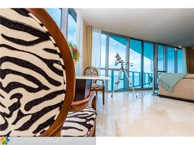 Hollywood Condo/Townhouse For Sale: 3101 S Ocean Dr #1105