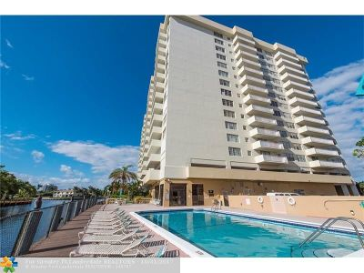 Hallandale Condo/Townhouse For Sale: 137 Golden Isles Dr #307