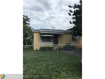 Miami Single Family Home For Sale: 3041 Hibiscus St