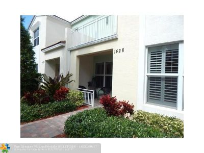 Boca Raton Condo/Townhouse For Sale: 1428 NW 50th Dr #1428