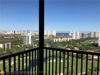 Aventura Condo/Townhouse For Sale: 20379 W Country Club Dr #2532