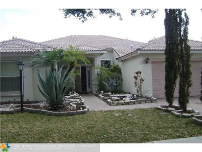 Pembroke Pines Single Family Home For Sale: 12842 NW 18 Ct