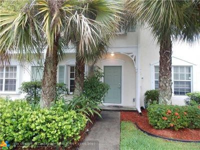 Coral Springs Condo/Townhouse For Sale: 9941 NW 57th Mnr #176