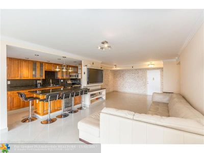 Sunny Isles Beach Condo/Townhouse For Sale: 231 174 St #417
