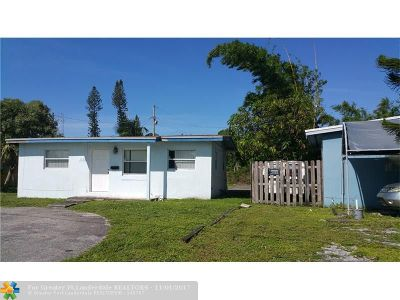 Fort Lauderdale Single Family Home For Sale: 1746 Lauderdale Manor Dr