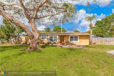 Pompano Beach Single Family Home For Sale: 3011 NE 12th Ter