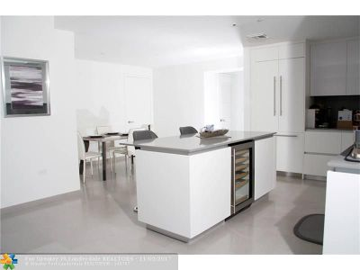 Miami Condo/Townhouse For Sale: 68 NW 6th Street #1507
