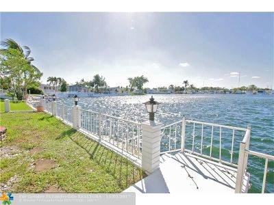 Hallandale Single Family Home For Sale: 118 Lake Shore Dr