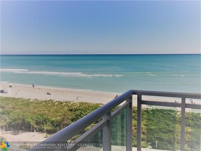 Miami Beach Condo/Townhouse For Sale: 6917 Collins Ave #704