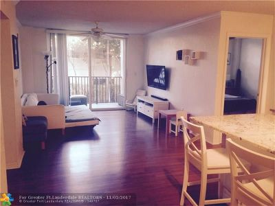 West Palm Beach Condo/Townhouse For Sale: 1801 N Flagler Dr #236