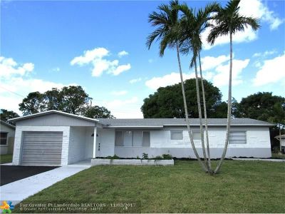 Lauderhill Single Family Home For Sale: 3841 NW 6th Ct