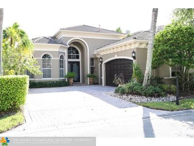 Delray Beach Single Family Home For Sale: 6352 Via Venetia