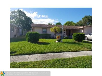 Sunrise Single Family Home For Sale: 5954 NW 18th Ct