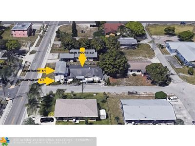 Broward County Multi Family Home For Sale: 700 NW 3rd Ave