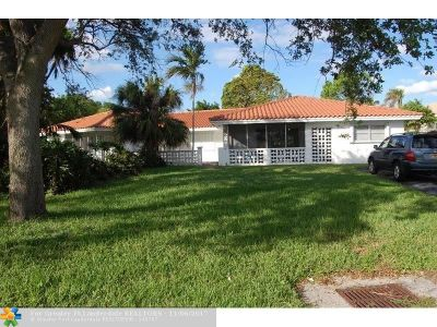 Lighthouse Point Multi Family Home For Sale: 2201 NE 39th St