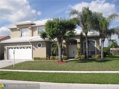 Boca Raton Single Family Home For Sale: 9479 Lake Serena Dr