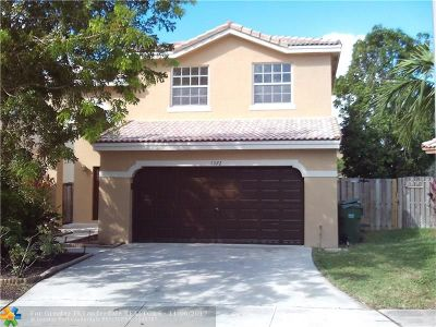 Pembroke Pines Single Family Home For Sale: 1372 SW 105 Ave