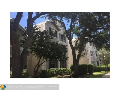 Oakland Park Condo/Townhouse For Sale: 2841 N Oakland Forest Dr #110