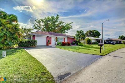 Tamarac Single Family Home For Sale: 6611 NW 98th Ave