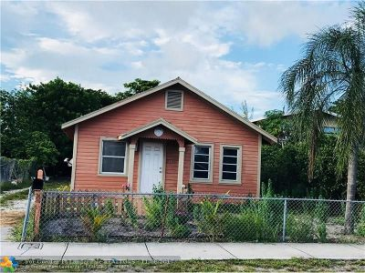 Pompano Beach Single Family Home For Sale: 233 NW 10th St