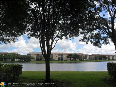 Pembroke Pines Condo/Townhouse For Sale: 701 SW 141st Ave #106