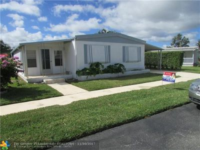 Deerfield Beach Single Family Home For Sale: 142 NW 53rd Ct